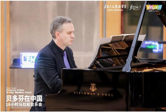 钢琴家詹姆斯·布朗(James Brawn).jpg